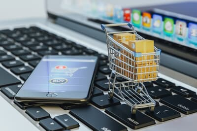 Online shopping, internet purchases and e-commerce concept, mode