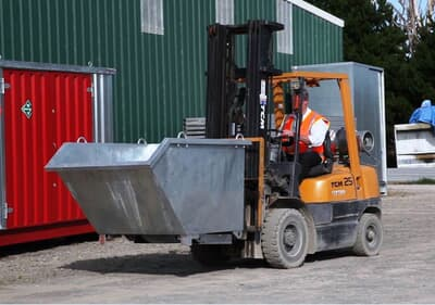 Tipping Bin With Pour Edge, 1.95m3